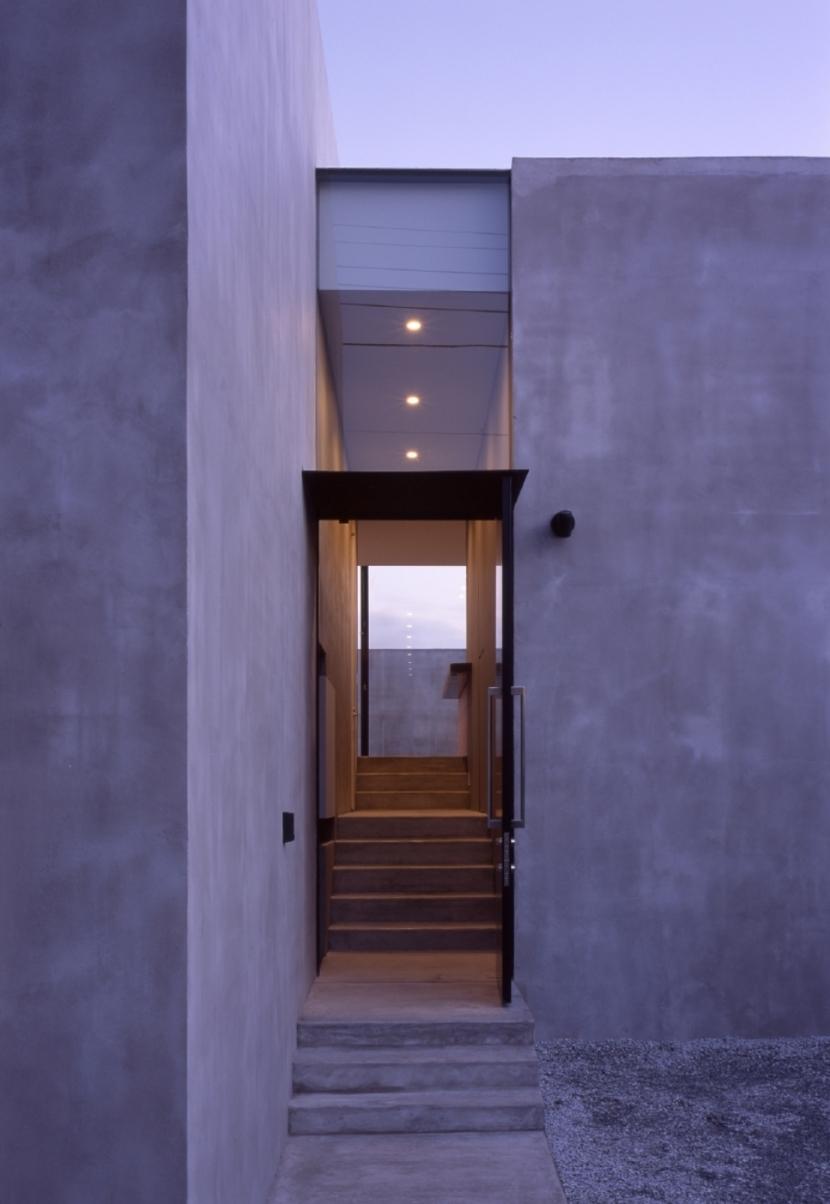G-house (エントランスホール)