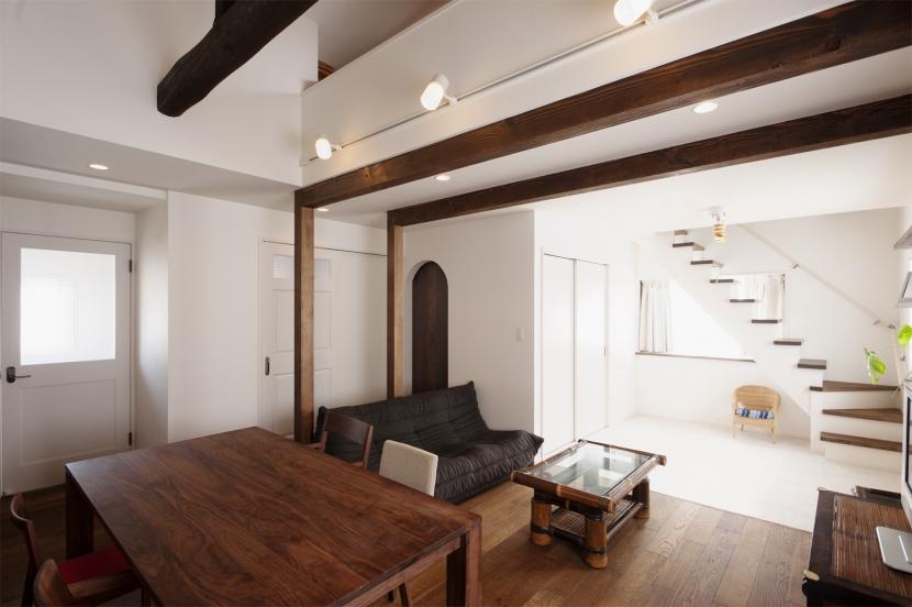 SE邸・実家の2階が大変身 大好きなインテリアで楽しく住もうの部屋 リビングダイニング
