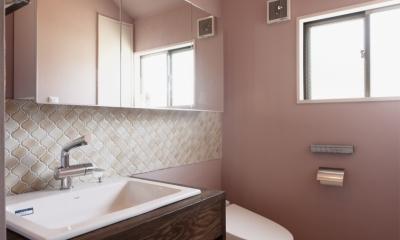 SE邸・実家の2階が大変身 大好きなインテリアで楽しく住もう (浴室/洗面脱衣所)