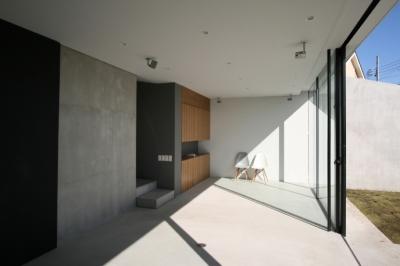 G-house (LDK)
