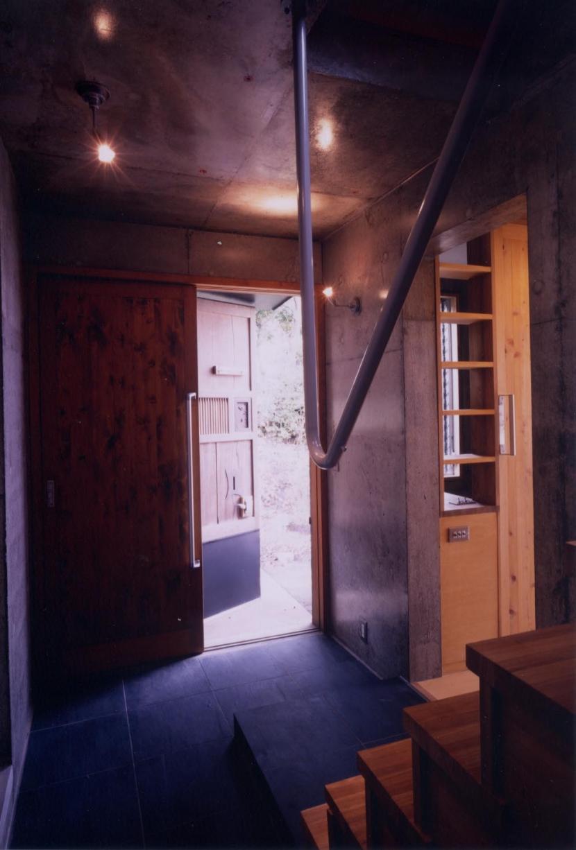 W_HOUSEの部屋 アプローチ