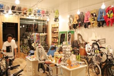 自転車店舗 内装-3 (西早稲田自転車店リピト・イシュタール2号店)