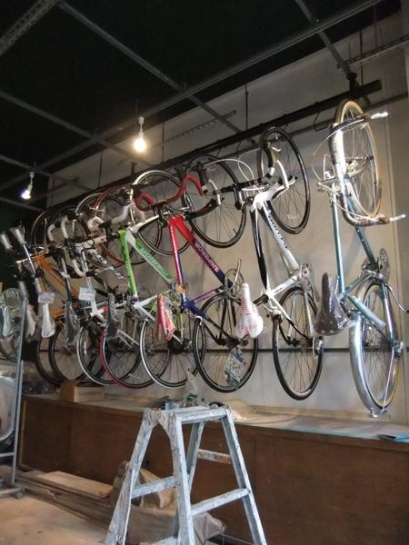 西早稲田自転車店リピト・イシュタール1号店の部屋 自転車店舗 自転車展示