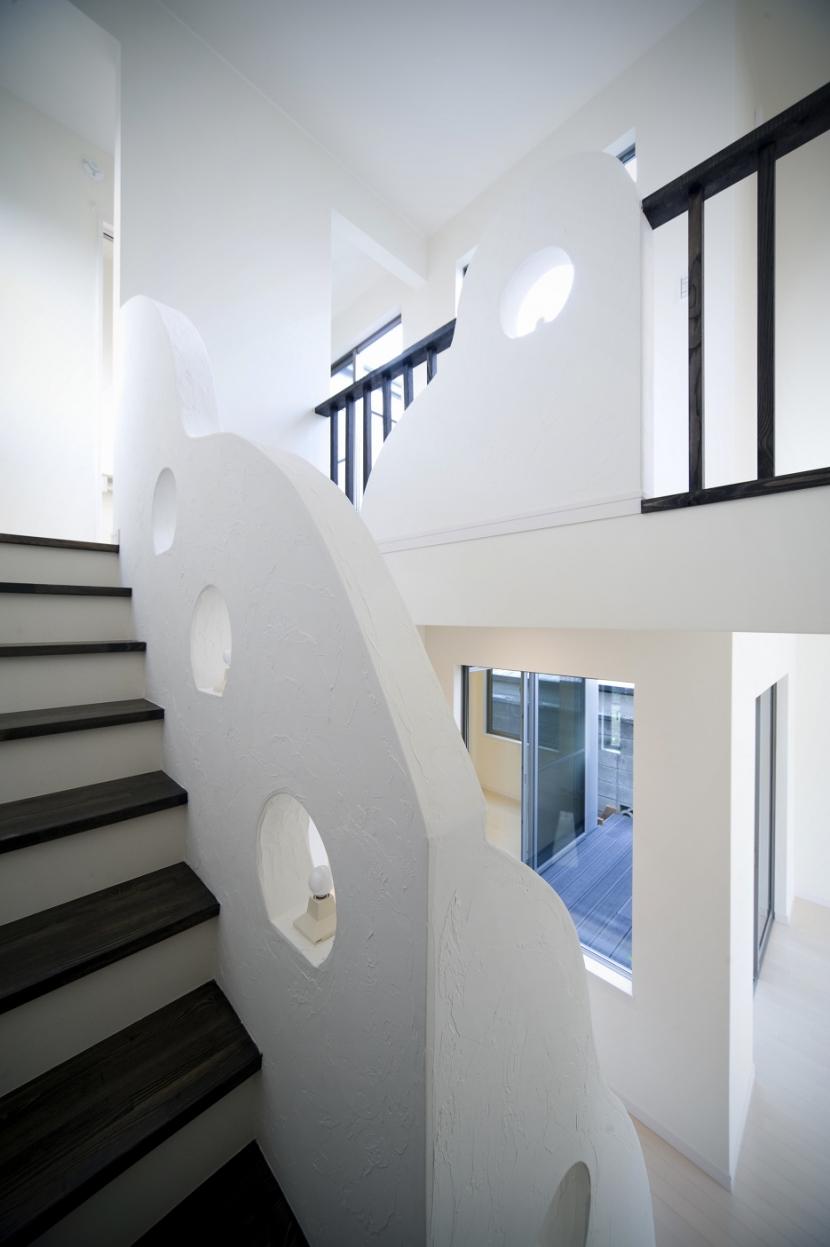 センターコートのある家の部屋 階段室