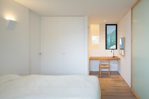 横須賀の家 (寝室)