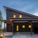 ヒカハウス~大きな片流れの屋根とおしゃれなカーポート~の写真 大きな片流れの屋根