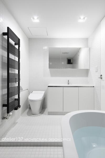 バスルーム (019軽井沢Mさんの家)
