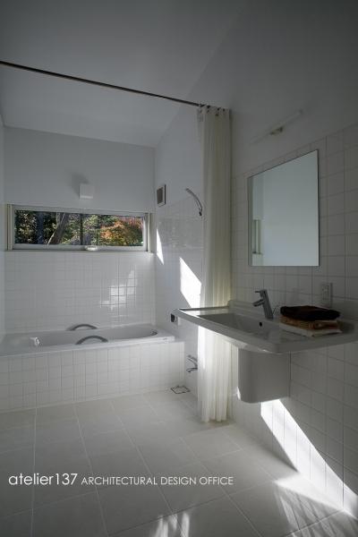 バスルーム (012軽井沢Nさんの家)