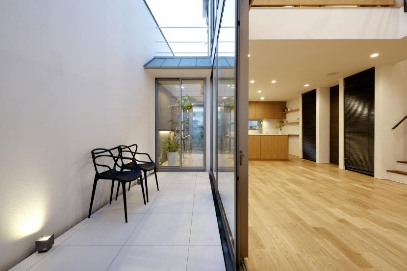 江南の家(プライベートテラスと蔵のある家)の部屋 テラス2