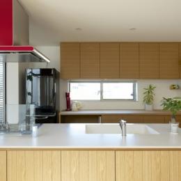 キッチン (江南の家(プライベートテラスと蔵のある家))