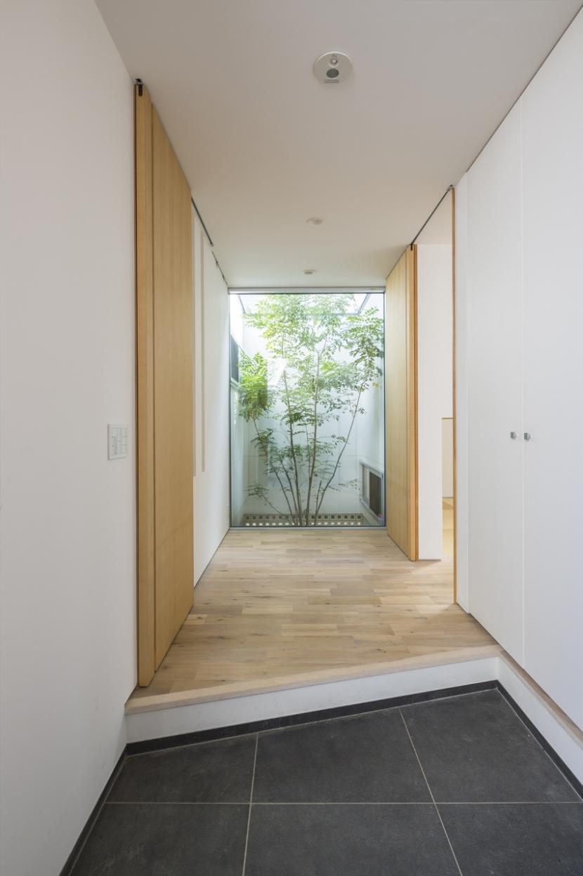 建築家:Akihiko Hirukawa「中庭のある平屋の家」