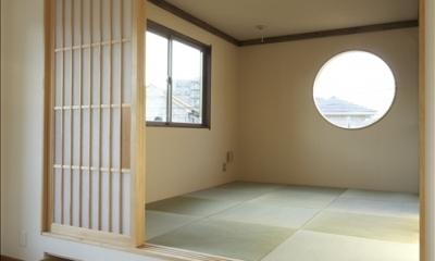 和楽3層住宅 (居間から和室を見る)
