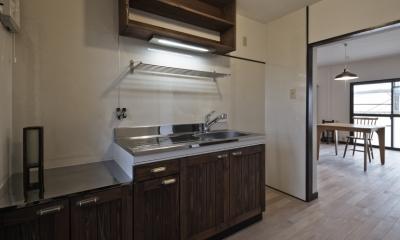 キッチン|しんかな団地リペア さくらの家|いい団地だからなおして暮らす。古きよき団地をめでるリノベーション。