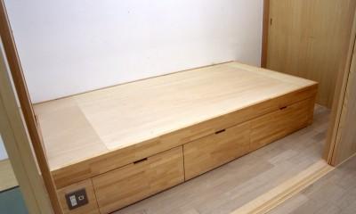 ベッドルーム|大阪の畳間のあるマンションリノベーション|昭和40年代築のマンションを明るく、ふんだんに木を使ったインテリアにリノベーション