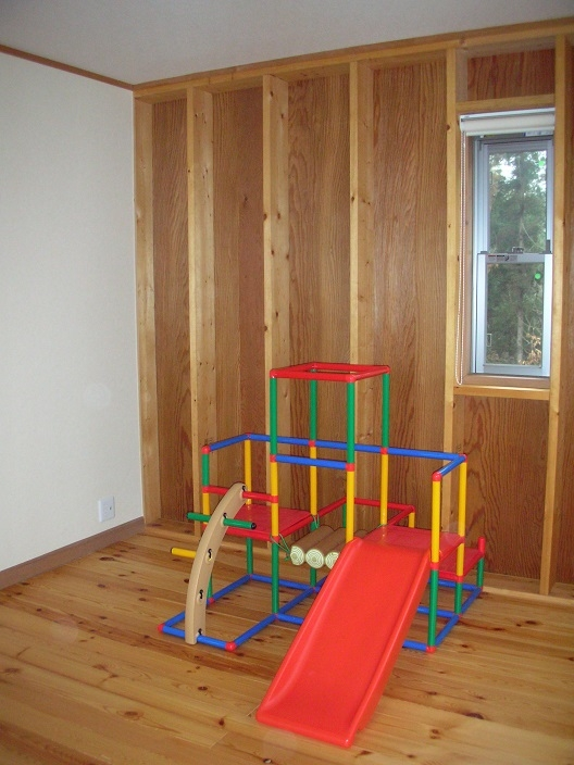 208 外断熱の家の部屋 2階子供部屋