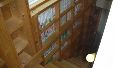 208 外断熱の家 (階段)