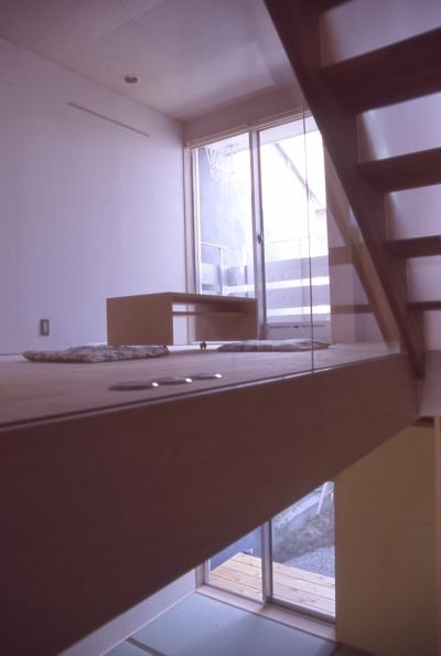 階段 (大阪のミニクーパーな家|ミニクーパーのように小さくて高性能でスタイリッシュな家)