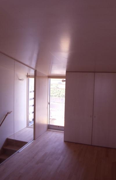 寝室 (大阪のミニクーパーな家|ミニクーパーのように小さくて高性能でスタイリッシュな家)