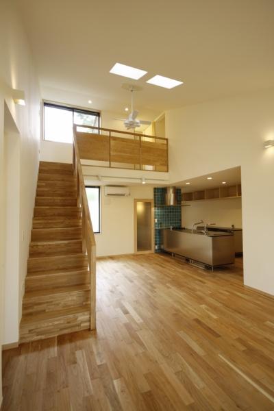 リビングダイニング (北摂のひろい家|伝統的な座敷と二世帯に対応する新しい住まい)