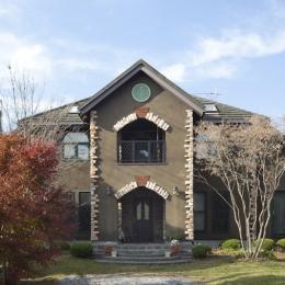 大屋根の家 (外観)