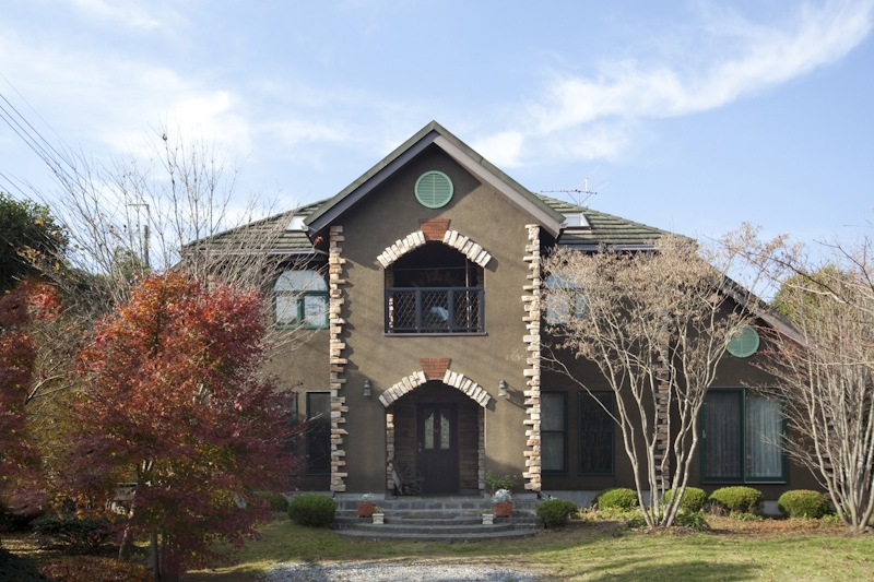 小堺文彦「大屋根の家」