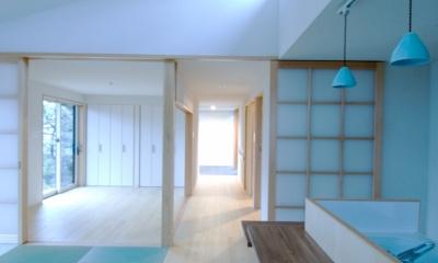 大きな柿の木とおばあちゃんの家 (寝室(左奥))