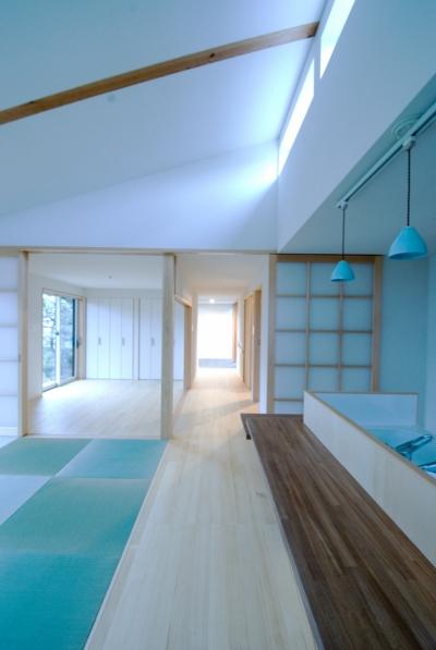 寝室(左奥) (大きな柿の木とおばあちゃんの家)