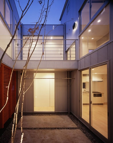 相模原の家~中庭型二世帯住宅の部屋 中庭
