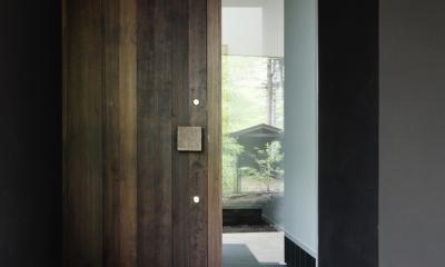 018軽井沢Cさんの家 (玄関ポーチ)