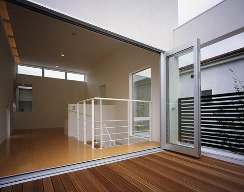 東村山の家~ベルトルーバーの家の部屋 テラス