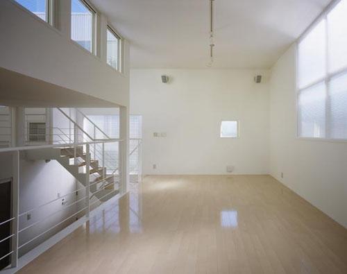 下石神井の家Ⅱ~吹抜け+スキップフロアの家の部屋 リビング2
