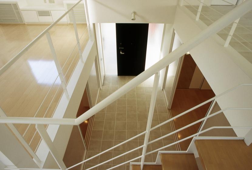 下石神井の家Ⅱ~吹抜け+スキップフロアの家の部屋 ホール2