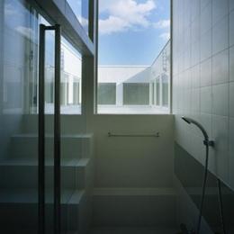 下石神井の家Ⅱ~吹抜け+スキップフロアの家 (浴室2)