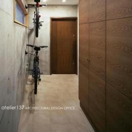 011船橋Kさんの家 (玄関)