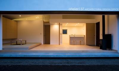 012軽井沢Nさんの家 (外観夕景)