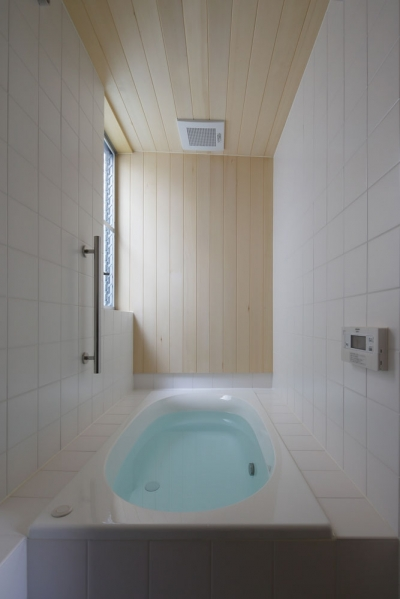 浴室 (鎌倉の倉)