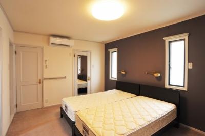 主寝室 (用賀の家改修)