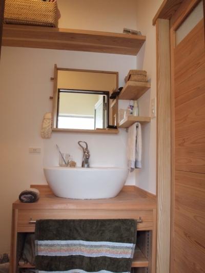 洗面脱衣室 (Y2I邸)