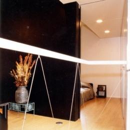 リフォーム・リノベーション(夫婦が両親と住む為に決心を・・・) (寝室とコンパクトに一体化されたリビング・ダイニング)