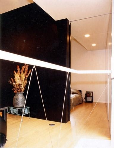 リフォーム・リノベーション(夫婦が両親と住む為に決心を・・・)の写真 寝室とコンパクトに一体化されたリビング・ダイニング