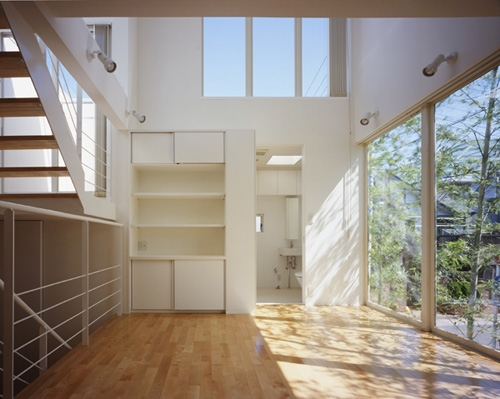西久保の家~竹屏風の家の部屋 リビング1