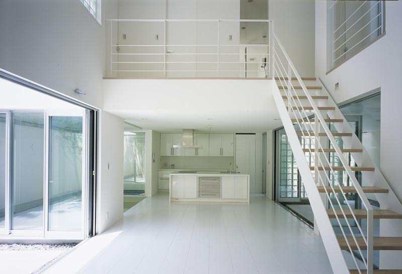 建築家:森 信人「新小岩の家~4つの中庭のある家」