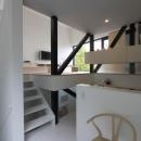 アトリエのあるスキップフロアの家 OUCHI-03の写真 スキップフロアのダイニング