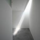 間接光で採光するアトリエ