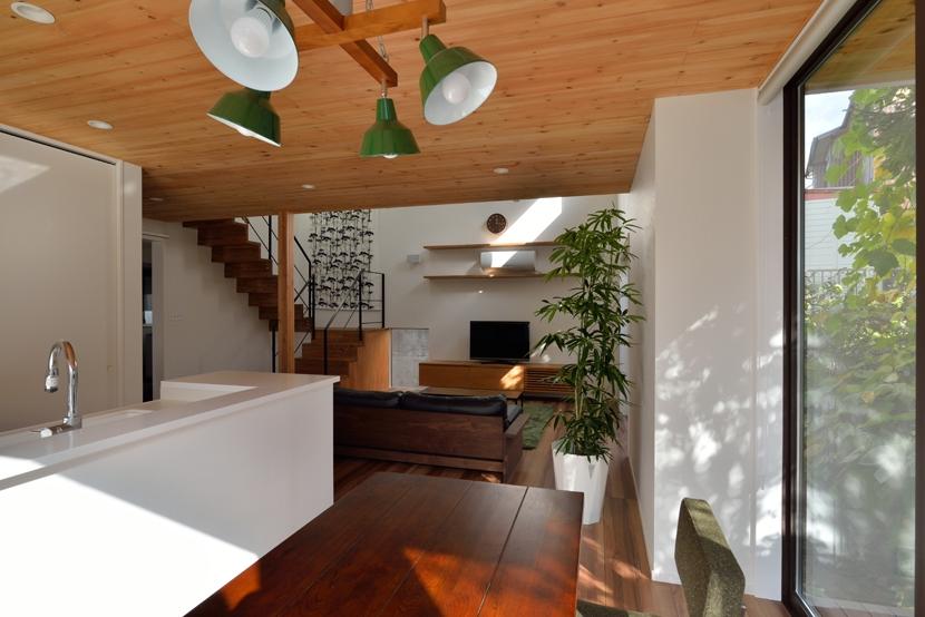 建築家:岸上 昌史「北根黒松の家」
