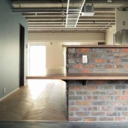 三鷹市T邸 _削ぎ落とすリノベーション (リズム感のある壁や天井)