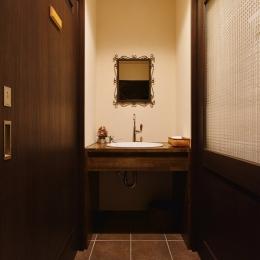 東京都大田区Y様邸 ~中庭のあるレストラン~ (造作洗面カウンター)