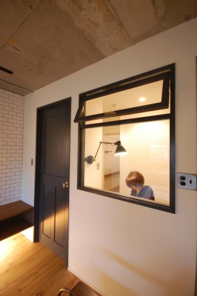 書斎 (デザインだけじゃない!動線にもこだわったノンストレスなマンションリノベーション。)