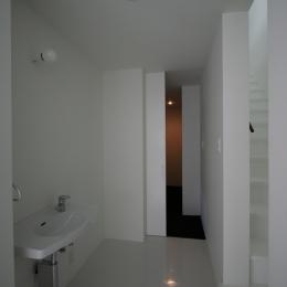 オウチ02・鳥取の家 (廊下の洗面コーナー)