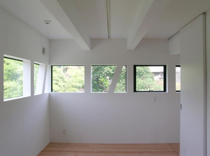 七国山の家の部屋 寝室